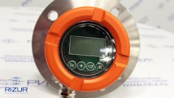 Non-contact radar level meter RIZUR-2030