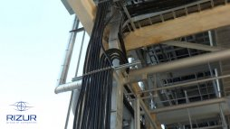 One pre-insulated weather-proofed tubing line RIZURPAK-S